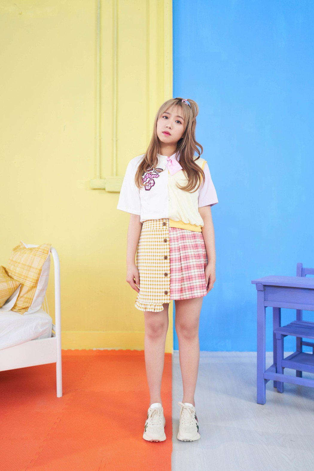 鄭茵聲推出首張專輯「預告幸福」。圖/索尼提供