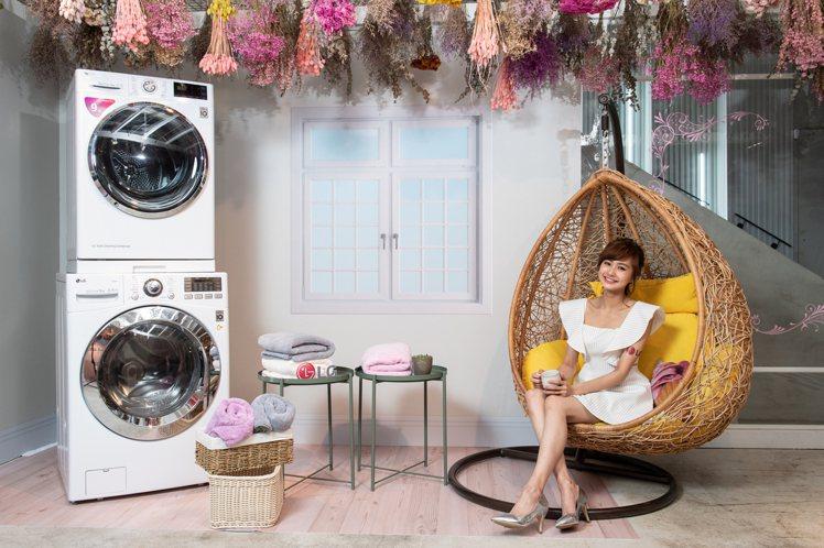 凡購買LG TWINWash雙能洗和免曬衣乾衣機搭配迷你洗衣機指定組合,即可兌換...
