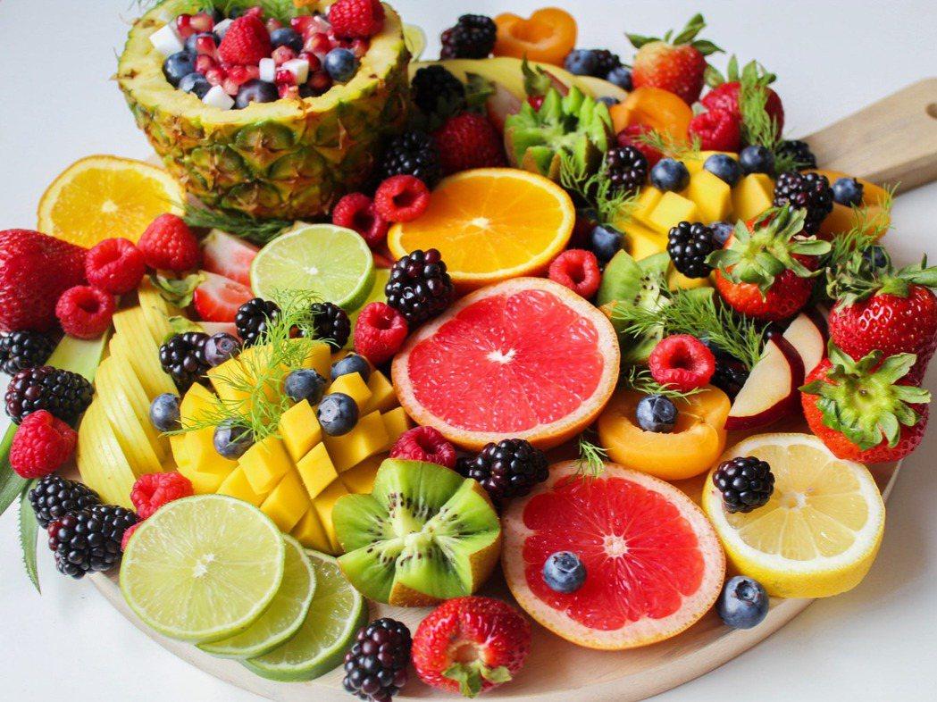 夏日裡減肥,吃什麼樣的水果才不會越減越肥?圖/摘自 pexels
