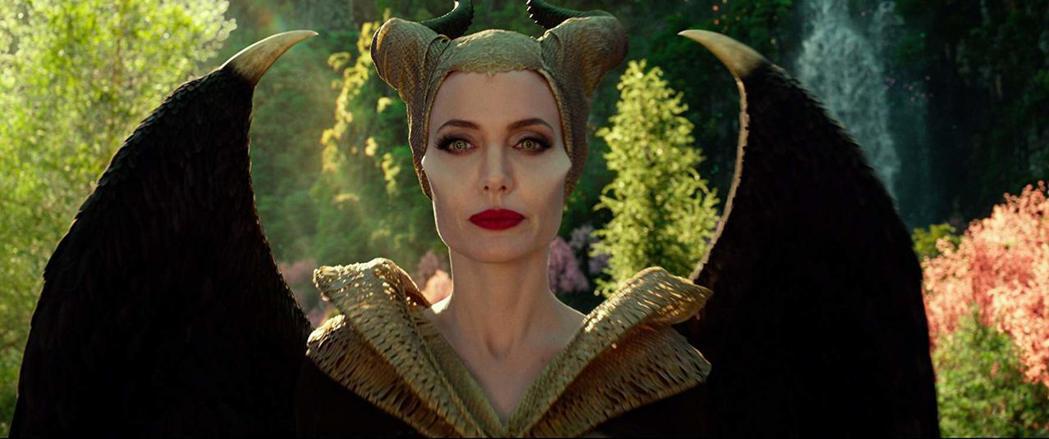 安琪莉娜裘莉新作「黑魔女2」票房受到矚目。圖/摘自imdb