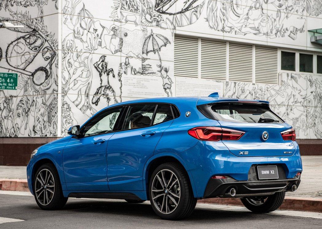 全新BMW X2領航版本月交車享150萬60期0利率、一年乙式全險、4次保養套裝...