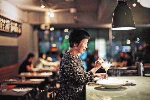 李昂走遍世界各國,追尋美食帶給她的浪漫。圖/本報資料照 圖/聯合報資料庫