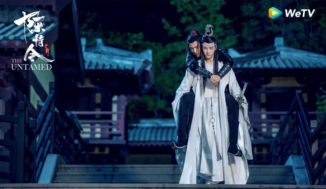 王一博(前)、肖戰主演的「陳情令」掀起腐女追劇熱潮。圖/WeTV提供