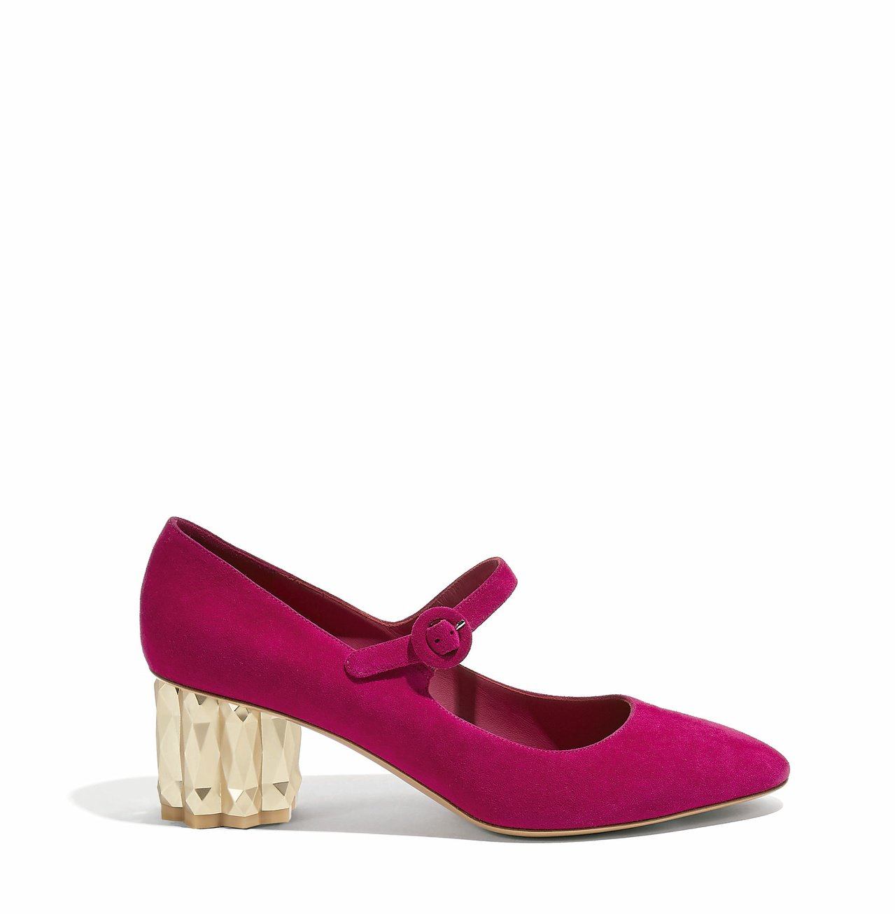 ORTENSIA櫻桃色鑽石跟羊麂皮皮鞋,28,900元。圖/Salvatore ...