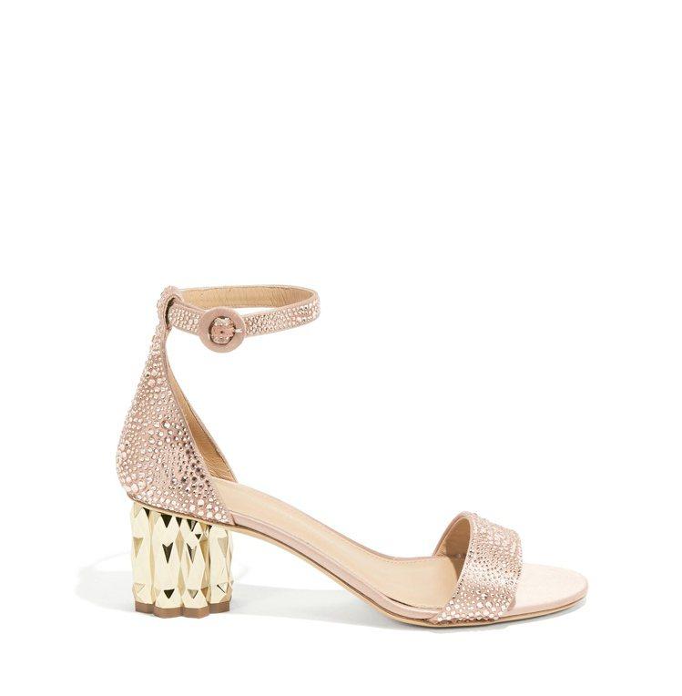 AZALEA膚色水晶鑲嵌鑽石跟涼鞋,44,900元。圖/Salvatore Fe...