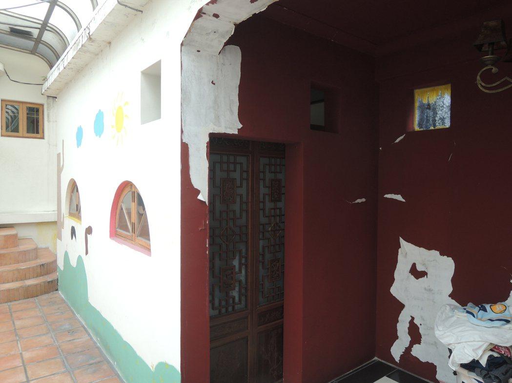 小閣樓是以前慈濟上人的住所。記者王思慧/攝影