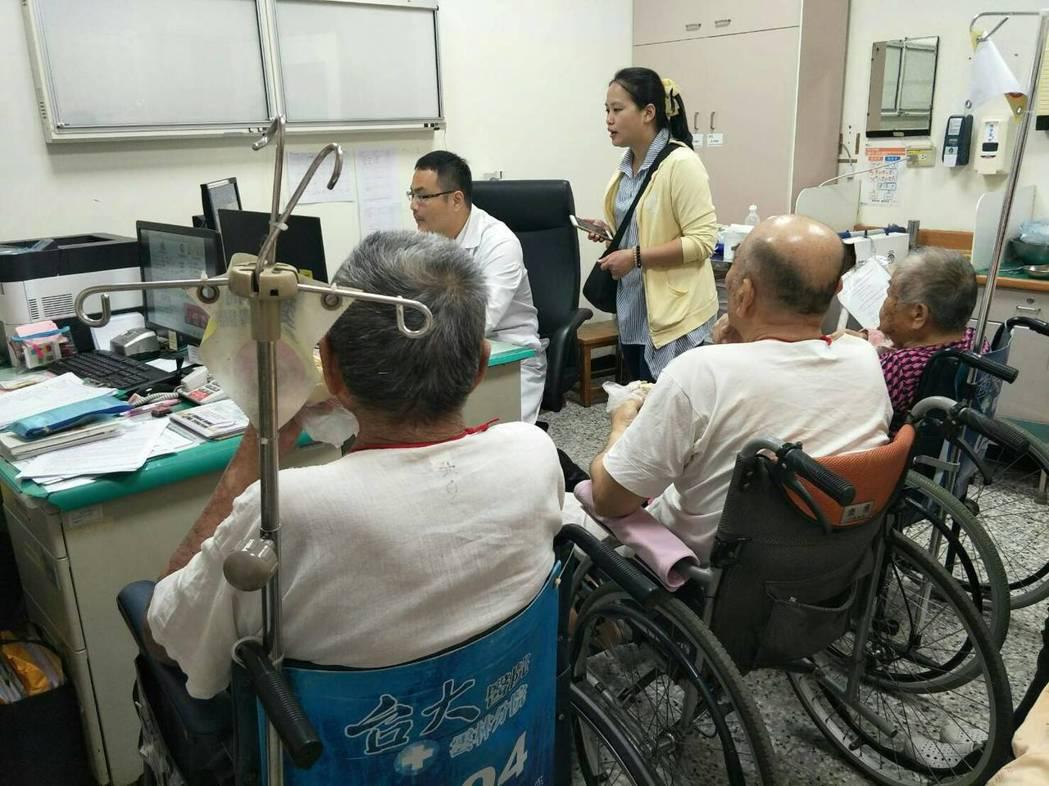 台大雲林分院骨科部主治醫師傅紹懷表示,根據國外研究統計,因為疾病造成的失能中,骨...