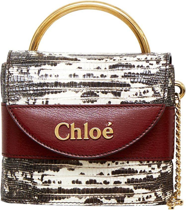Chloé Aby Lock 咖啡色蜥蜴皮壓紋迷你鎖頭包,售價53,200元。圖...