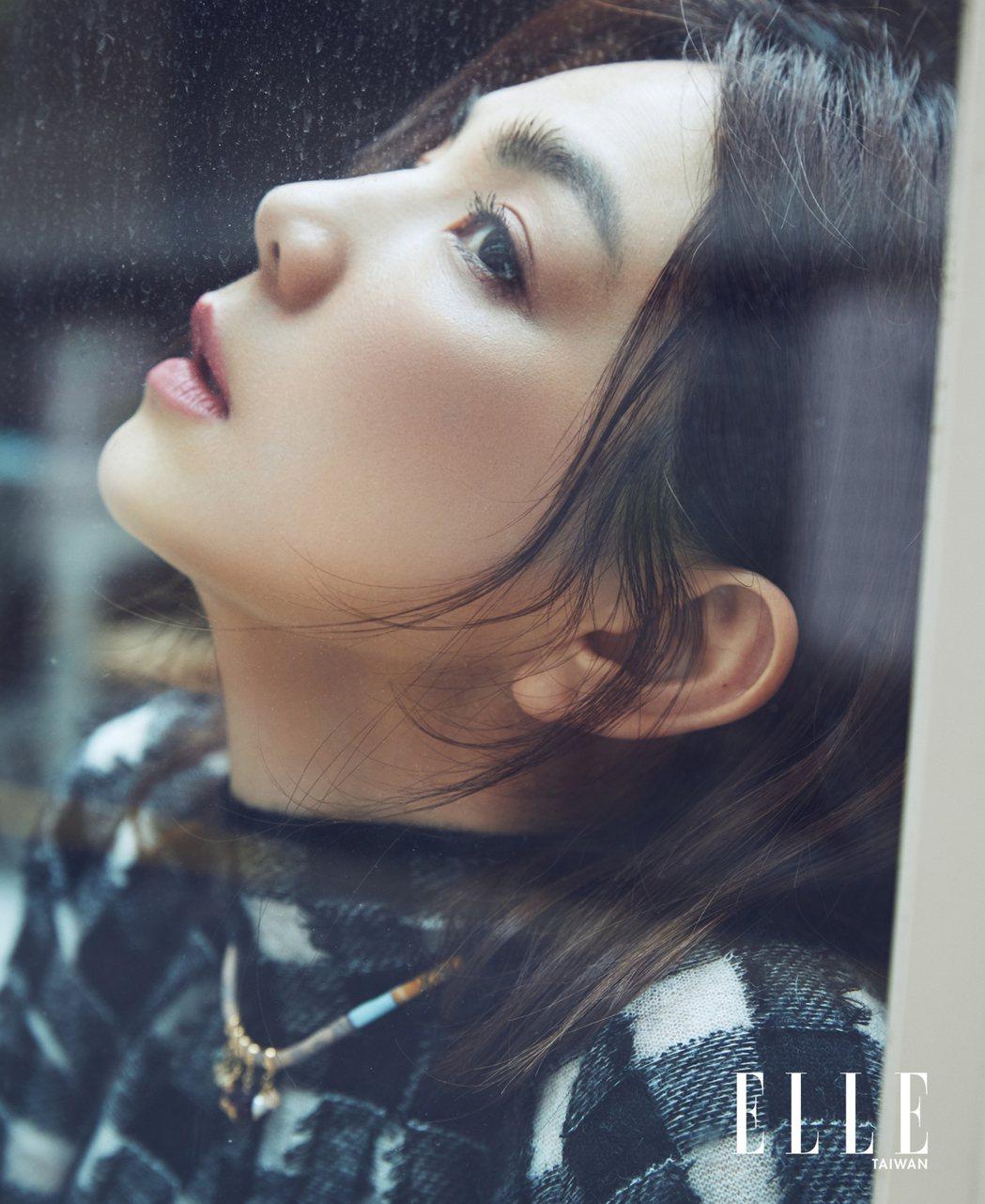 Ella接受雜誌專訪,喊話「為自己好好活一次」。圖/ELLE提供