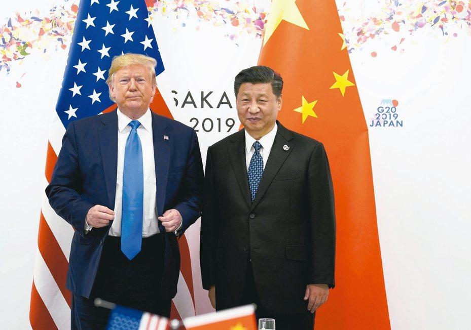 美國總統川普(左)與中國國家主席習近平,6月底在G20峰會上碰面。 路透