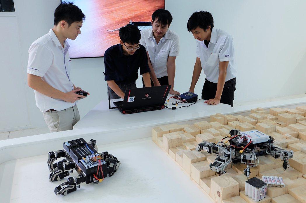 泰國東部經濟走廊(EEC)未來四年將釋出47萬5千個職缺,其中一半需要大學或更高...