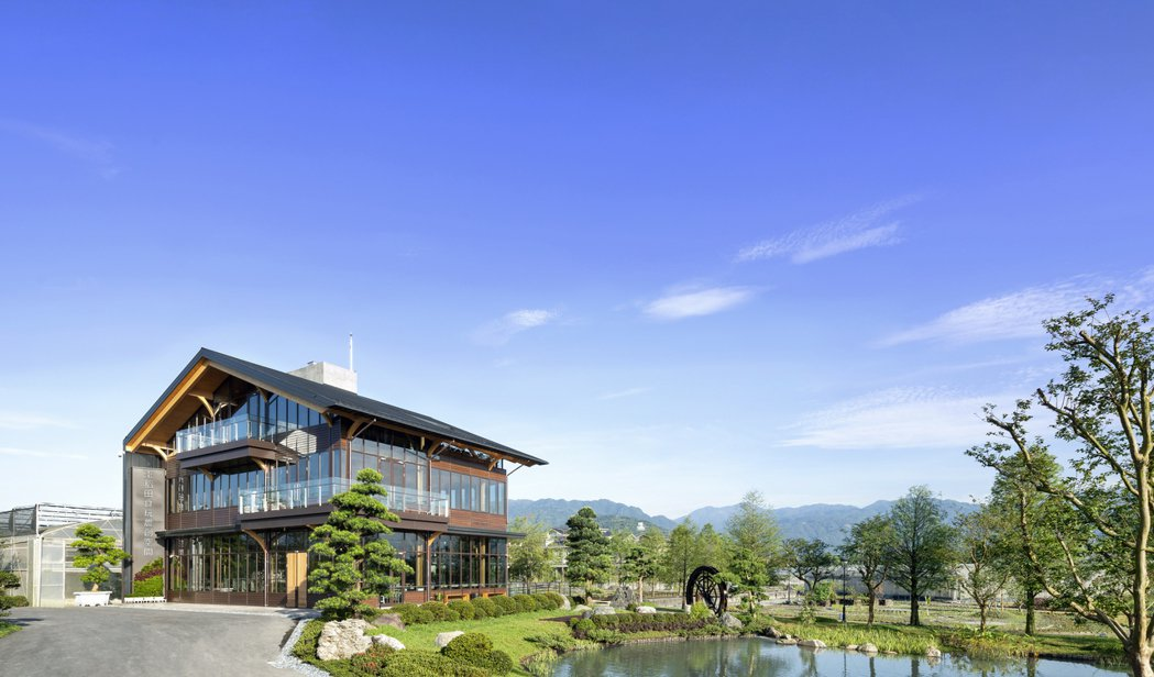 棗稻田聘請國內知名建築師張清華團隊打造台灣第一棟日本技術的CLT(Cross L...