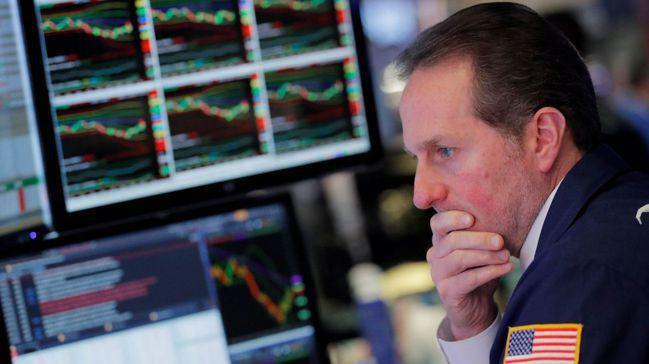 本周華爾街賣壓隨美中貿易衝突加劇而再起,策略師建議投資人換股操作、降低風險。路透