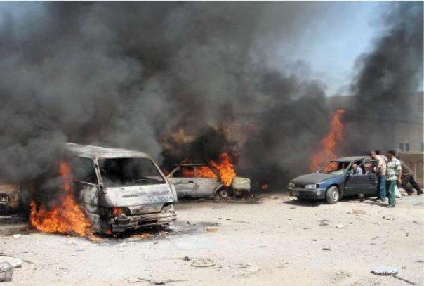 塔利班在喀布爾的爆炸案不代表像阿國所說的「不接受和平會談」,相反的,他們應該是用...