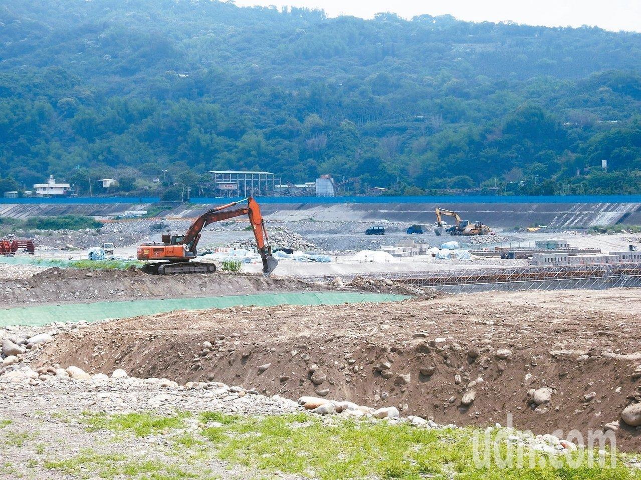 水利署將在南投縣草屯的烏溪河床,興建鳥嘴潭人工湖。聯合報系資料照片