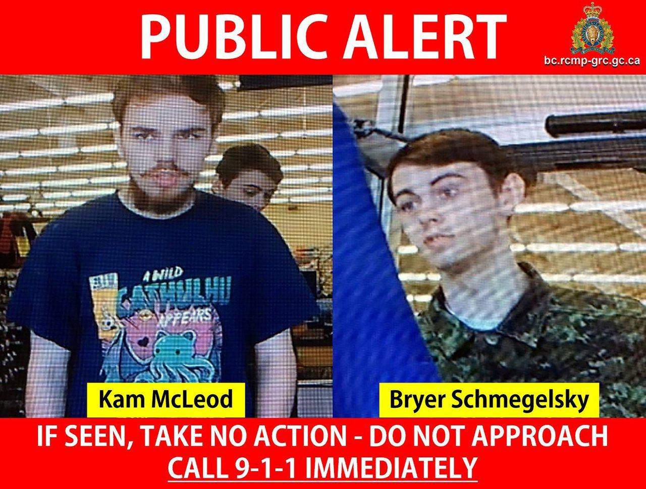 因謀殺三人而被通緝的加拿大青少年麥克勞(左)和施梅吉斯基(右),被發現陳屍曼尼托...
