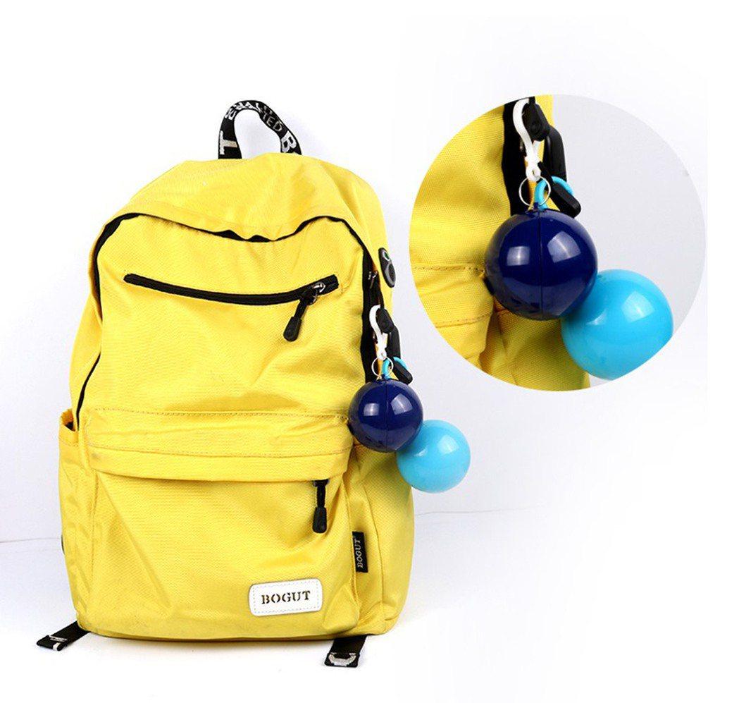 便攜式一次性雨衣球,淘寶售價約新台幣100元,運費另計。圖/淘寶提供