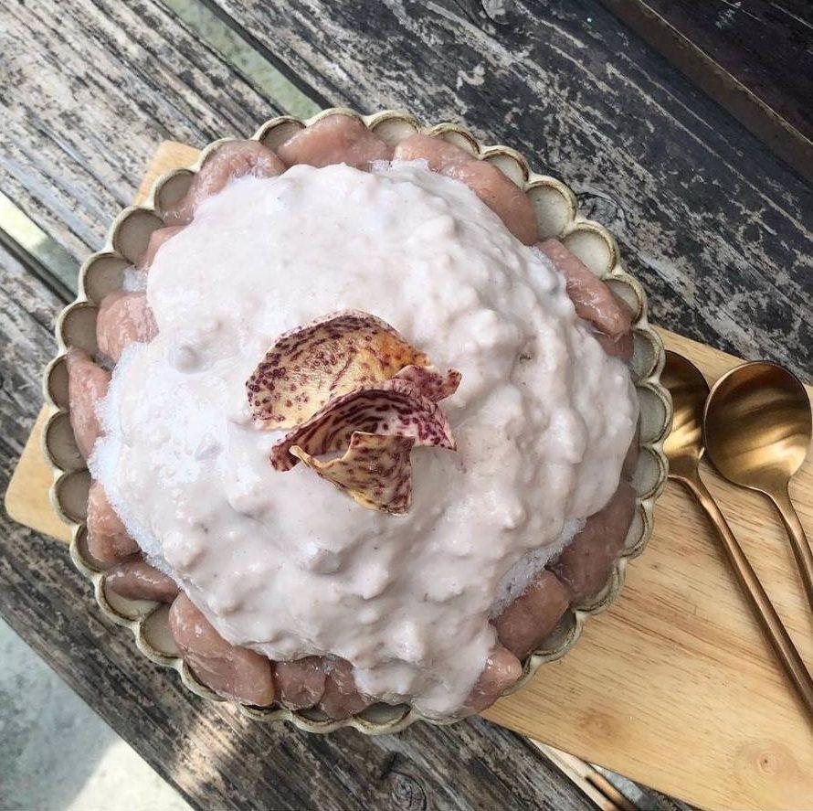 「大甲芋頭芋圓刨冰」點綴芋頭餅乾。IG @candy_tastylife 提供