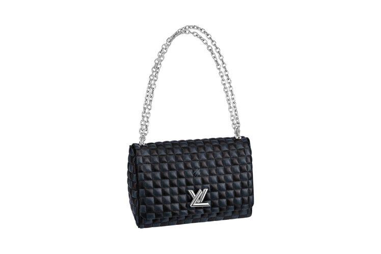 快閃店台灣獨賣Twist MM手袋,售價13萬7000元。圖/LV提供