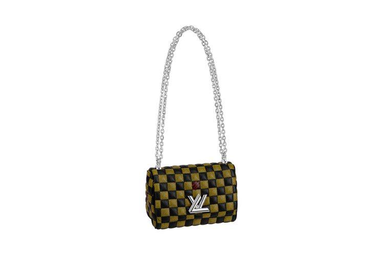 快閃店台灣獨賣Twist BB手袋,售價12萬4000元。圖/LV提供