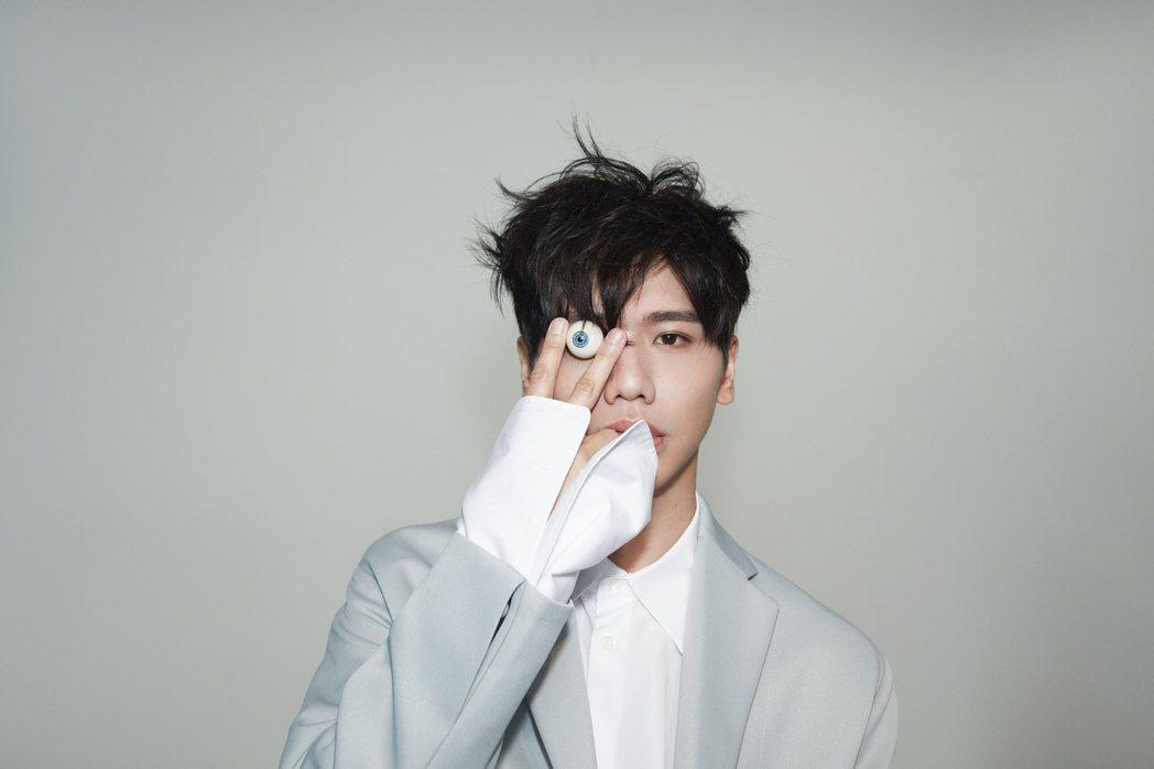 蔡旻佑推出新專輯「變心記」。圖/何樂音樂提供