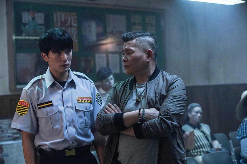邱澤飾演的通靈警察有許多武打戲。圖/甲上提供