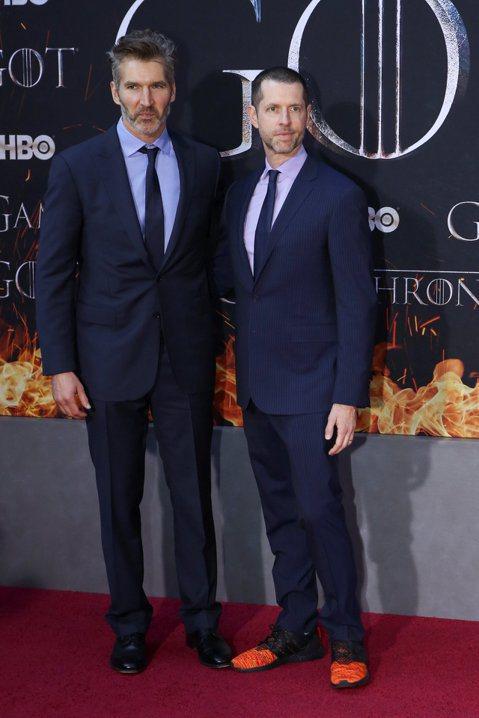 「冰與火之歌:權力遊戲」在高度爭議聲中落幕後,一百多萬連署HBO重拍最終季的瘋狂粉絲,這兩個多月來遭到的是連續不斷的打擊,不僅HBO完全沒有要就範的意思,該劇還在美國電視最高榮譽艾美獎創下最多項入圍...