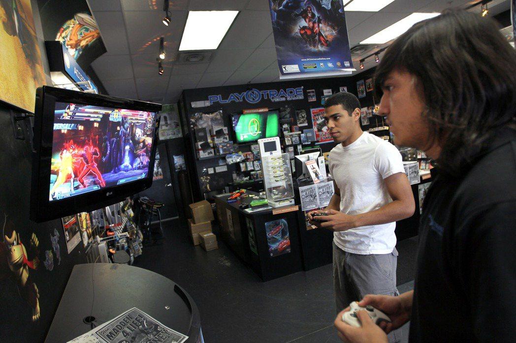 暴力電玩是否引發暴力行為,始終有爭議。 (法新社)