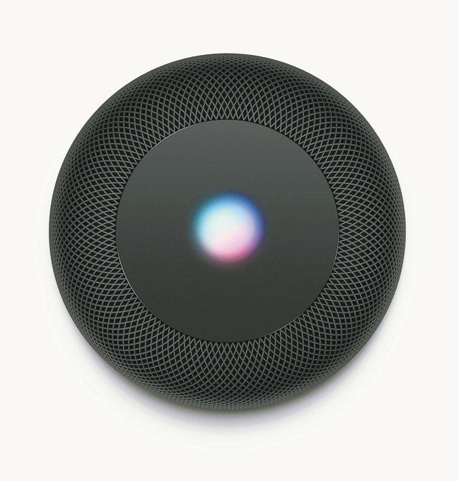 搭配Siri和Apple Music,不動手就能讓HomePod幫你完成更多事。...