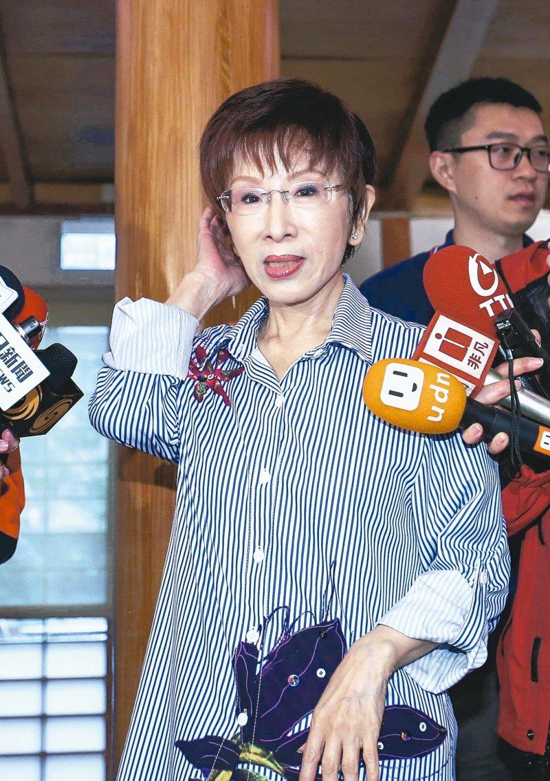 國民黨前主席洪秀柱已遷戶籍到台南,準備參選立委挑戰民進黨鐵票區。她並表示這次大選,國民黨不可能陣前換將。 記者陳柏亨/攝影