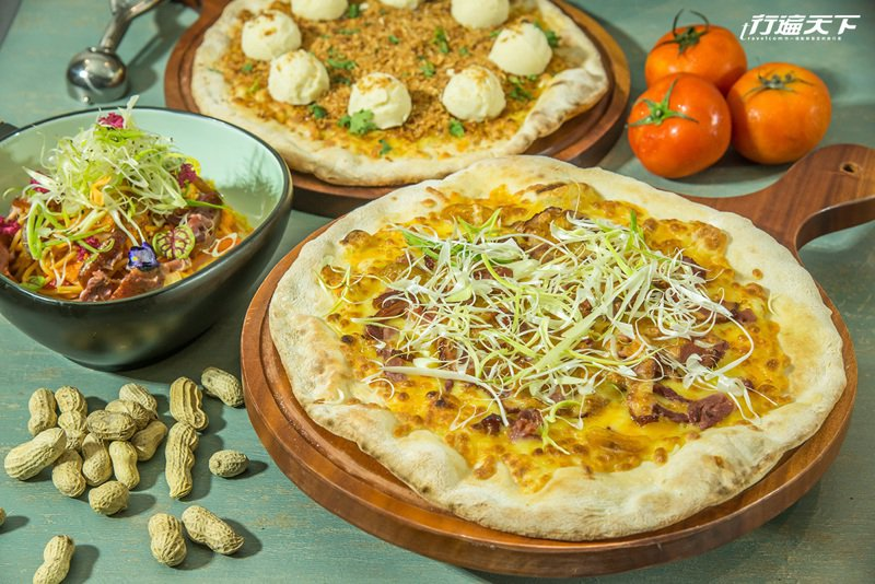 金桔與鴨賞加上大份量的蒜,讓這款Pizza好宜蘭、好好吃。