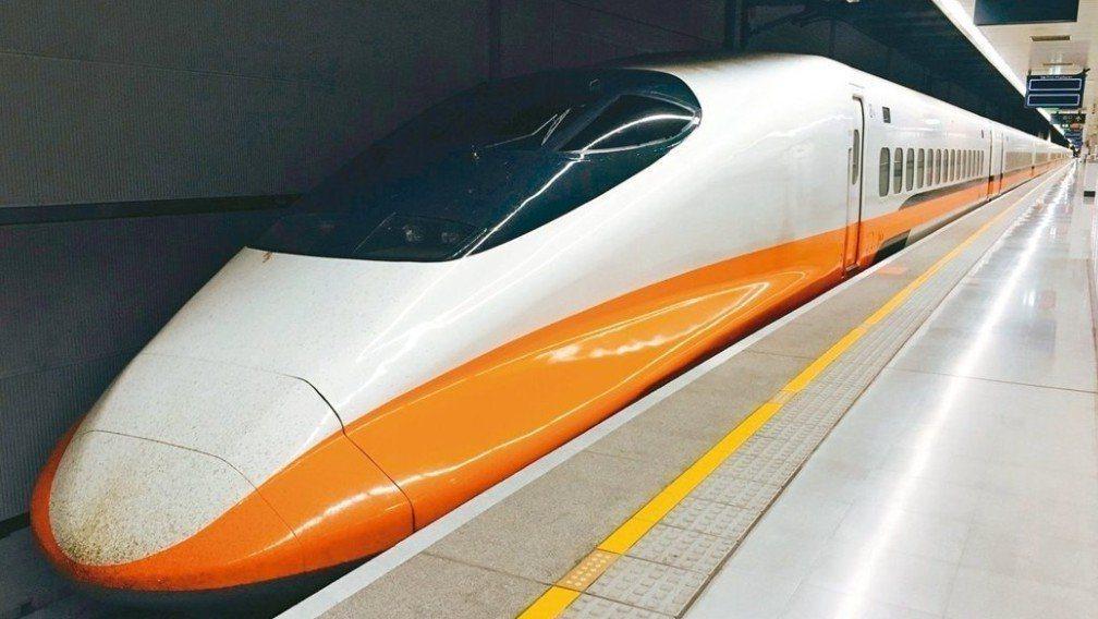 強烈颱風利奇馬影響,高鐵台中以北停止營運,台中至左營每小時三班車。本報資料照片