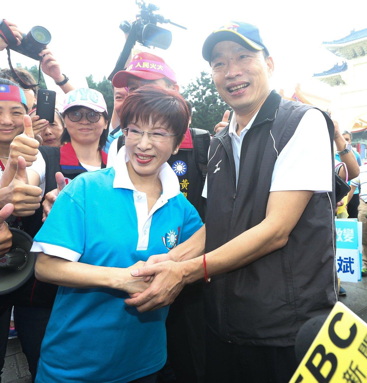 國民黨前主席洪秀柱(左)與高雄市長韓國瑜。本報資料照片