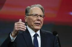 美全國步槍協會執行長醜聞纏身 仍堅持反對槍支管制