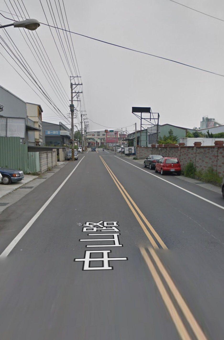 台中市今早發生死亡車禍,蔡姓女騎士遭駕駛突然開車門撞擊,彈飛到對向車道遭休旅車撞...