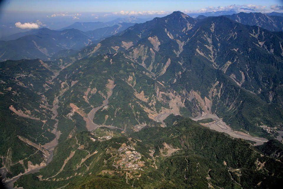 圖為八八風災後不久,霧台山林的破碎景象。圖/張大川提供