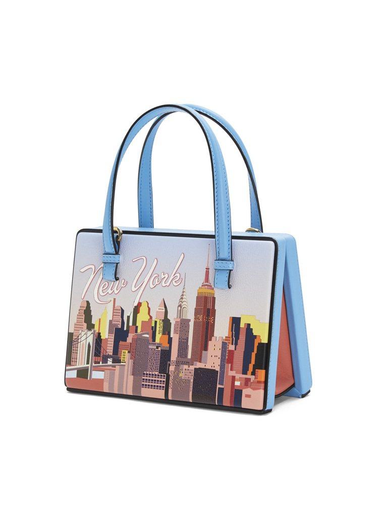 Postal天空藍紐約肩背提包,價格店洽。圖/LOEWE提供