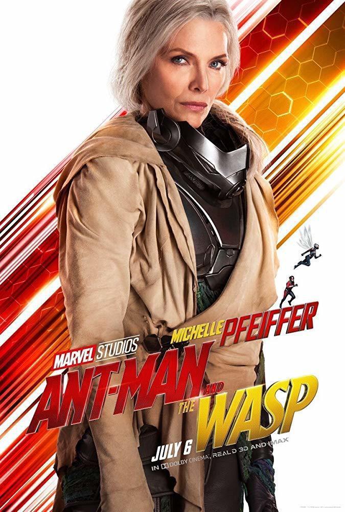 蜜雪兒菲佛扮演首代黃蜂女。圖/摘自imdb