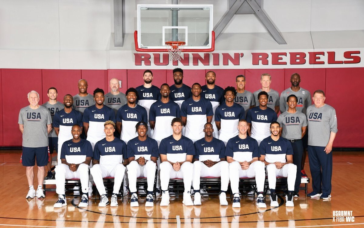 FIBA官方網站也邀請專欄作家針對本次參賽32支隊伍作了戰力排序,美國隊仍居第一...