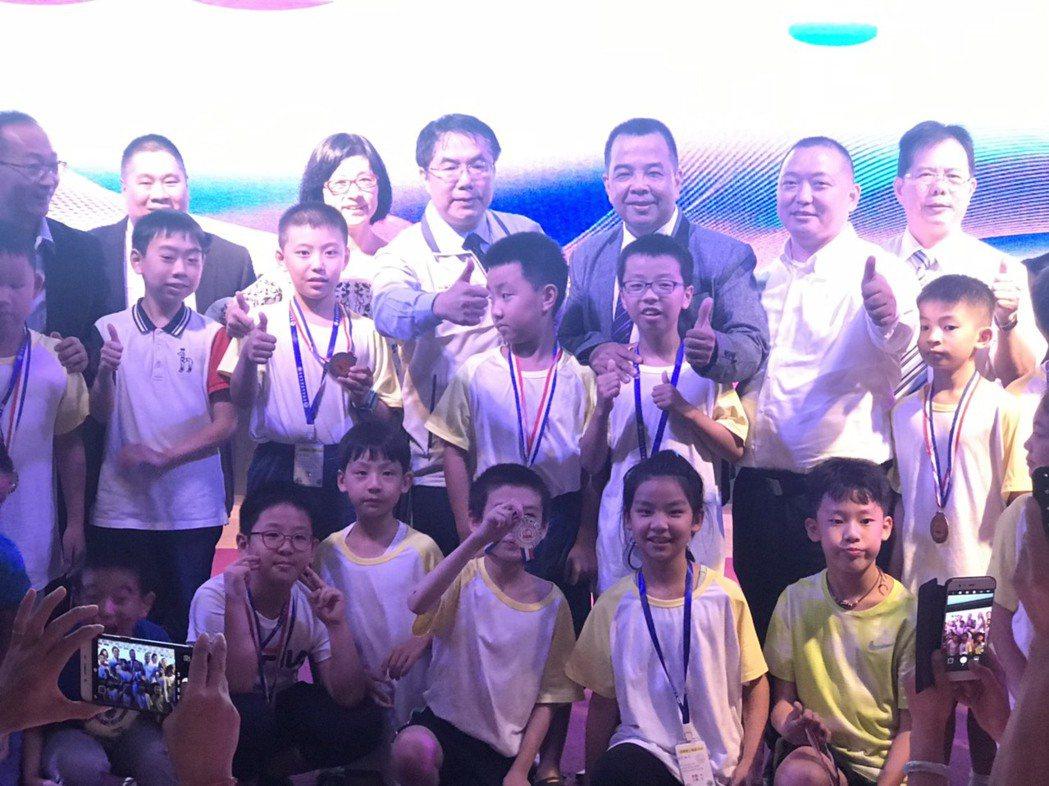 台南市市長親臨頒獎典禮。 洪紹晏/攝影