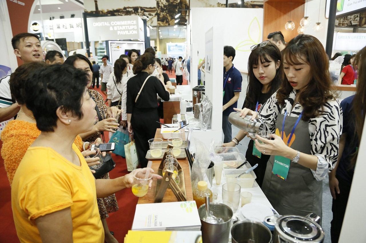 展中珍珠奶茶大受好評。圖/貿協提供