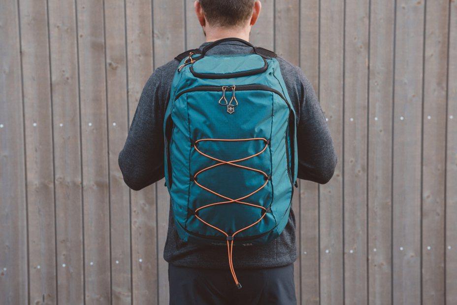 Victorinox打造品牌有史來最輕的Altmont Active後背包,採用輕巧、耐用且防水的尼龍製成,重量最多減少30%。圖/Victorinox提供