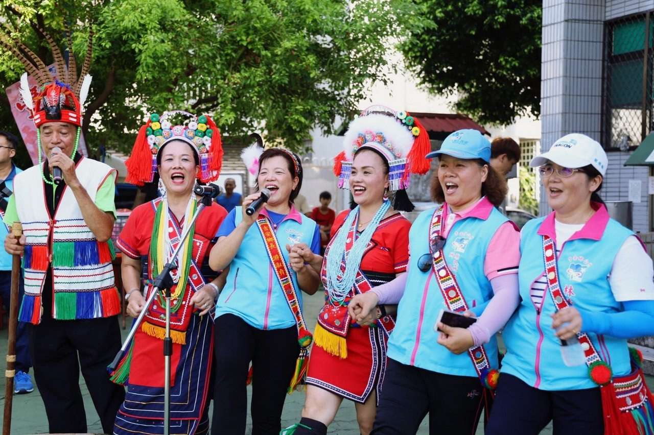 花蓮吉安鄉公所規畫歌謠領唱人才培訓研習課程,讓部落年輕族人學習玩統文化。圖/吉安...