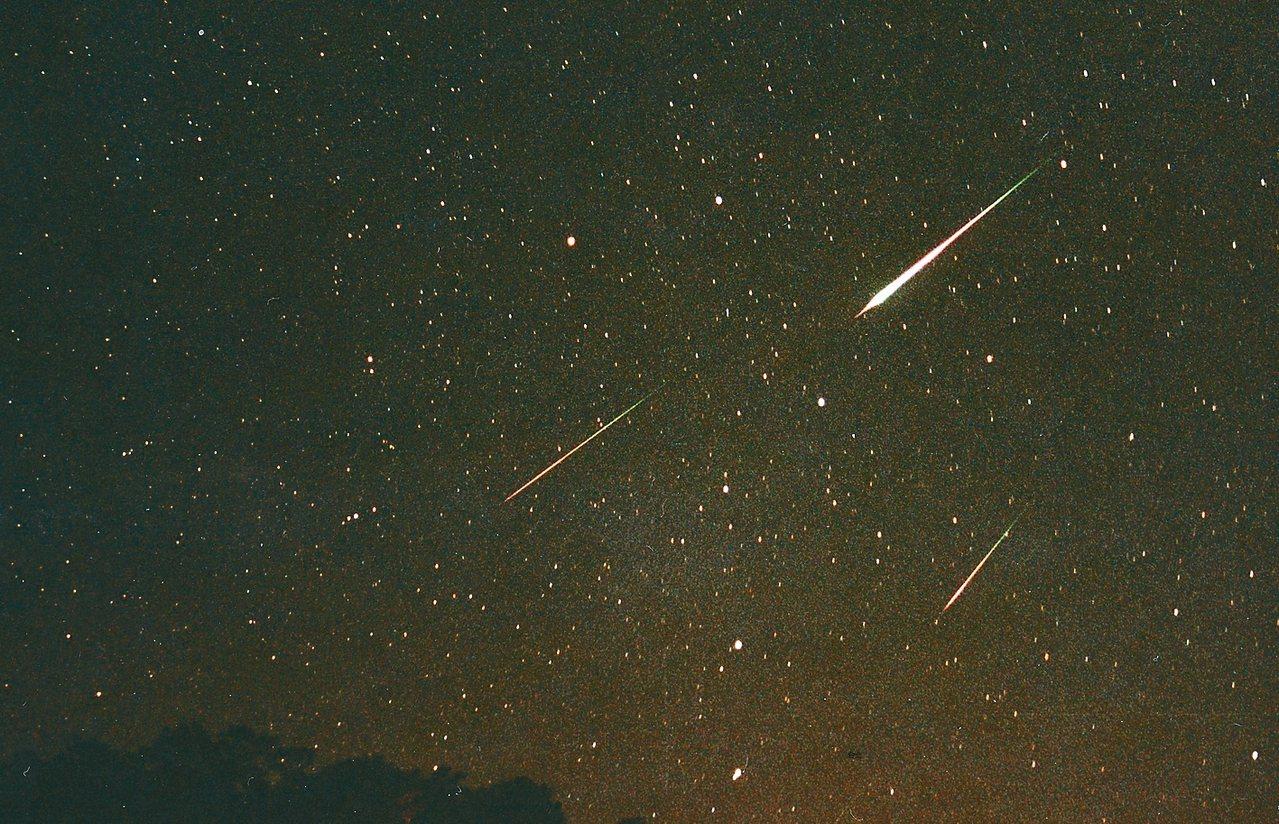 往年的英仙座流星雨。 圖/天文館提供
