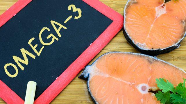 家醫科許書華醫師強調,魚油含有豐富的Omega3多元不飽和脂肪酸,是孩子發育的重...