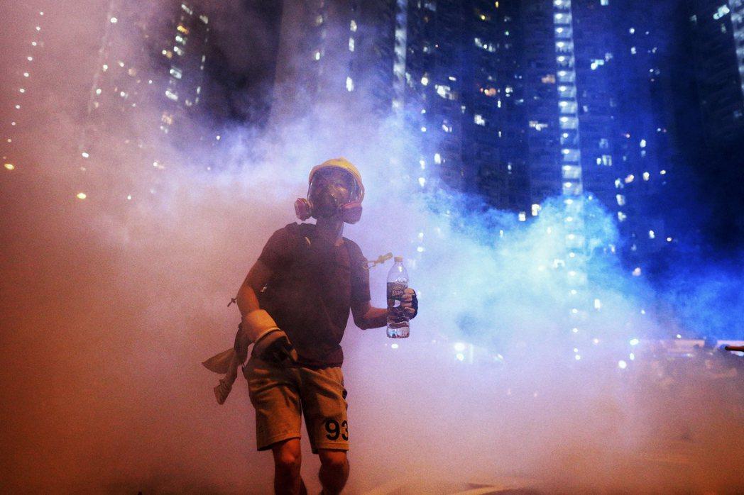 反送中運動是大衛和巨人之戰,是香港意志。 圖/美聯社