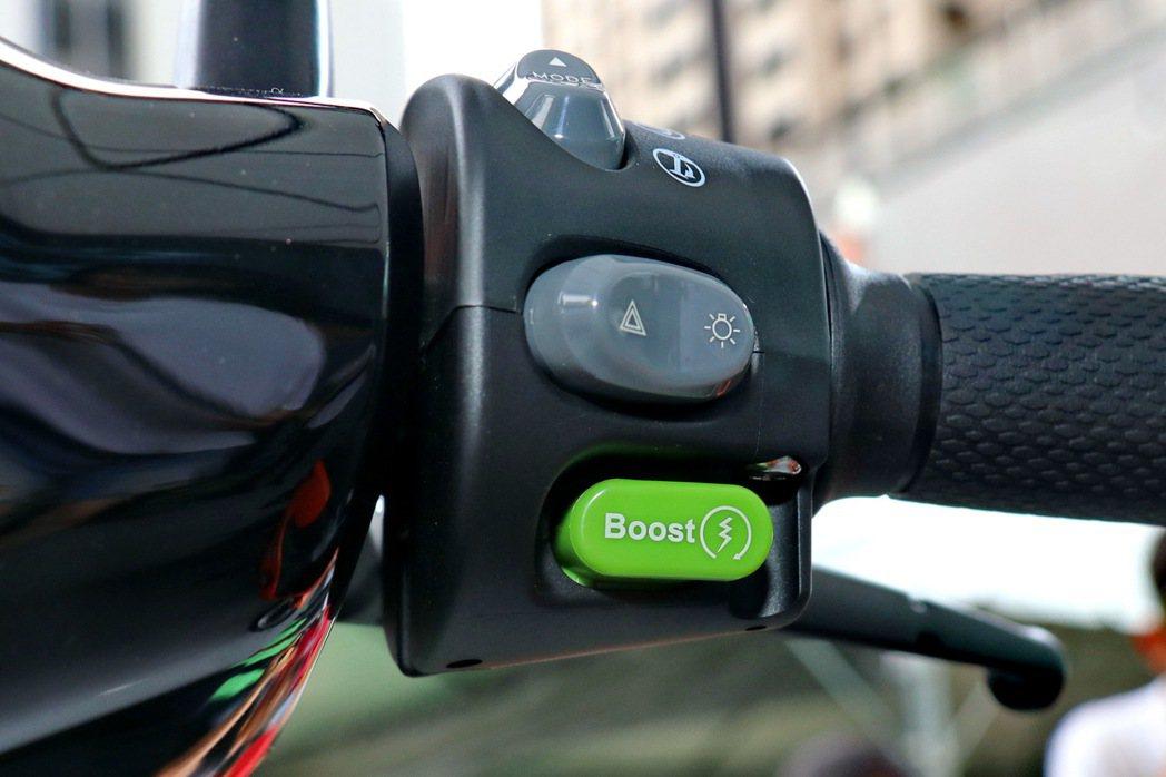 按下Boost模式後的充沛動力輸出,絕對能滿足對於性能的需求。 記者陳威任/攝影