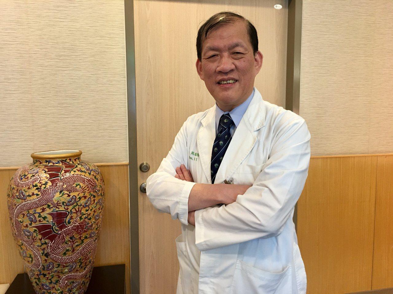 中國醫藥大學附設醫院院長周德陽指出,中國附醫發展細胞治療人體實驗逾10年,收案逾...
