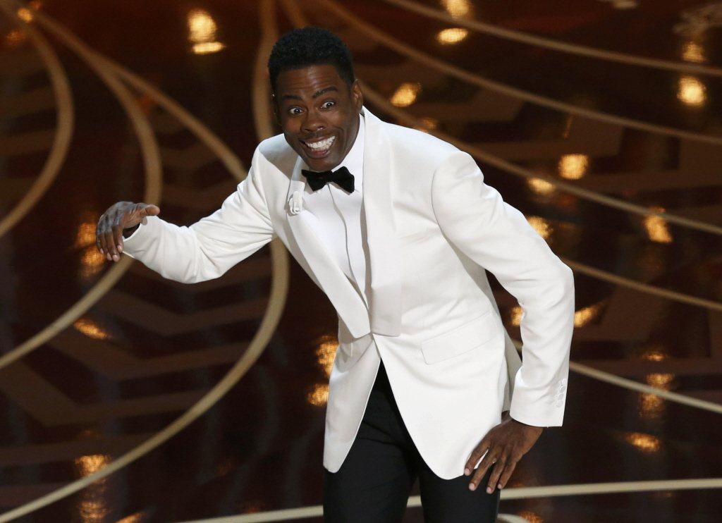 2016年克里斯・洛克(Chris Rock)主持奧斯卡獎頒獎典禮畫面。 圖/路...