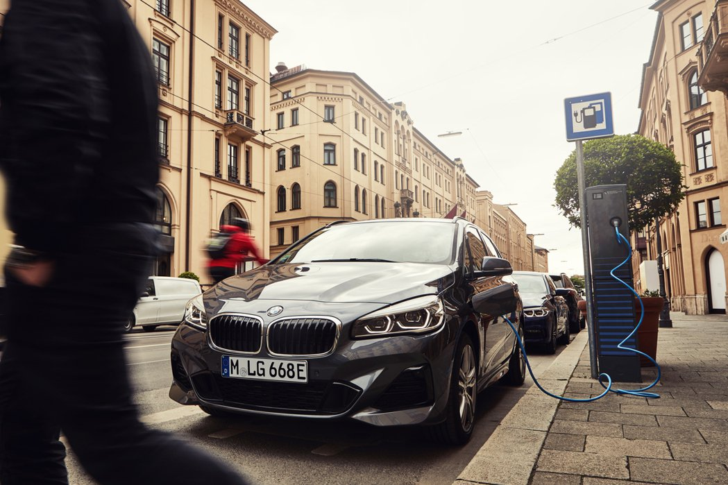 BMW 225xe Active Tourer。 摘自BMW